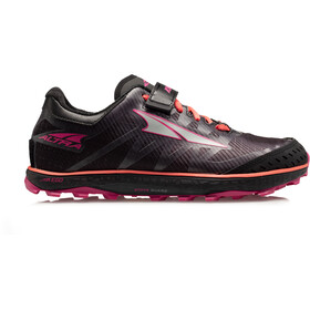 Altra King MT 2 Juoksukengät Naiset, black/coral/pink